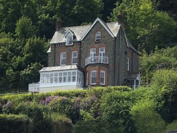 Highcliffe House - Highcliffe House