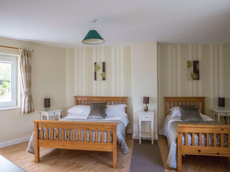House-Ensuite-2 Bedroom 'Swan'