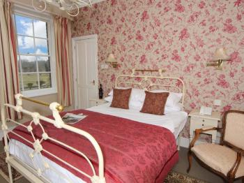 Double room-Standard-Ensuite with Bath-Garden View-Room 12