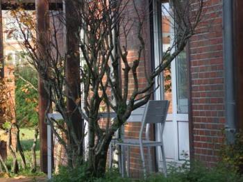 Apartment-Modern-Eigenes Badezimmer-Terrasse
