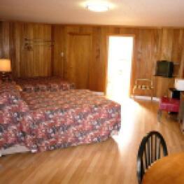Quad room-Ensuite-Standard-Unit 7