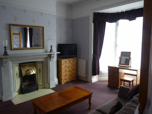 Main feature guestroom