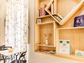 Piccola biblioteca tematica a disposizione degli ospiti