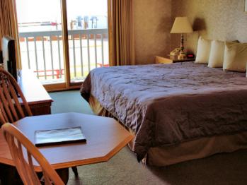 Double room-Ensuite-Standard-1st Floor King - Unit 10
