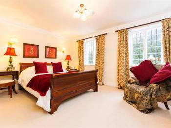 Double room-Ensuite with Shower-Church Room - Base Rate