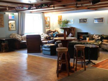 The Sportsmans Inn and Ivybridge Hotel - Our new look lounge area
