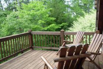 2nd floor deck outside Secret Garden and Graecia guestrooms