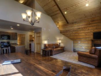 #71 Homestead -Cabin-Private Bathroom