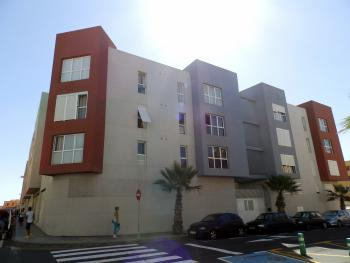 Nice 2 bedroom Apartment with wifi and parking