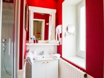Salle de bain de la Chambre beige