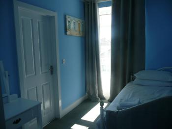 Junior Suite-Ensuite with Shower-Sea View - Base Rate