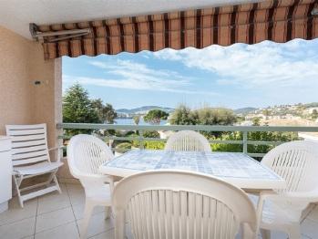 Villa-Cottage-Salle de bain et douche-Vue mer