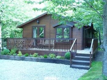 Chalet-Ensuite-Garden Lodge