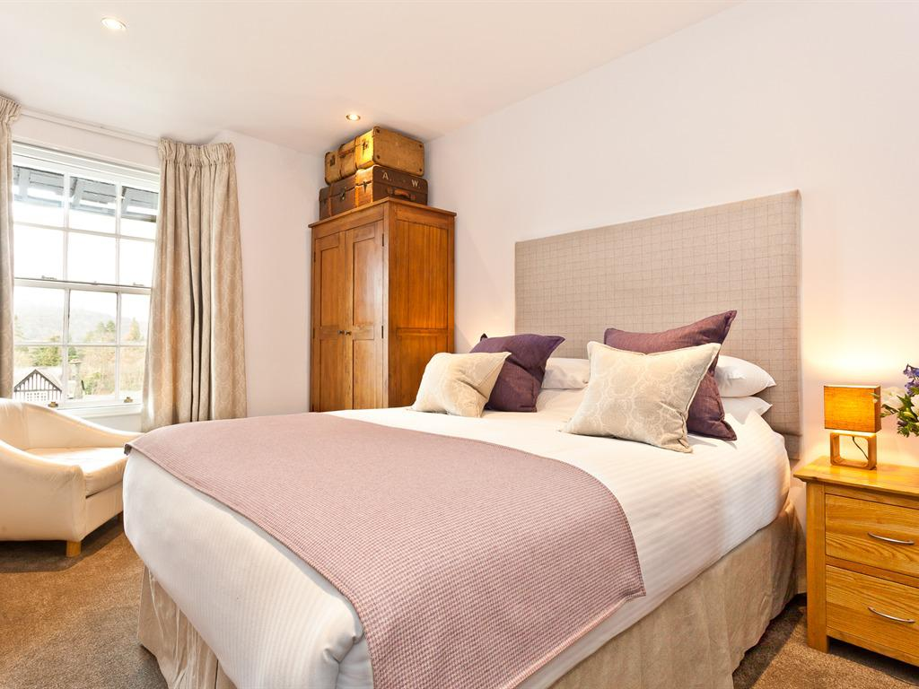 Double room-Ensuite with Shower-Lake View-Room 12