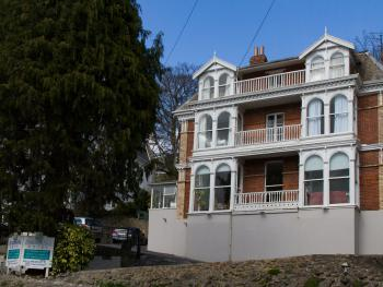 Braddon Hall Hotel - Victorian stylish villa