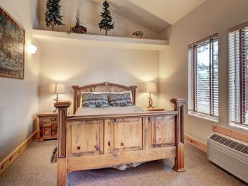 2 Bedroom Suite Bedroom