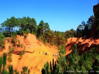 Carrières d'ocre de Roussillon, proche des Terrasses de Gordes