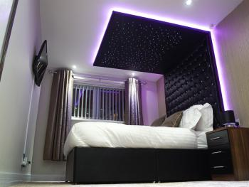 Livit Serviced Apartments - Bedroom