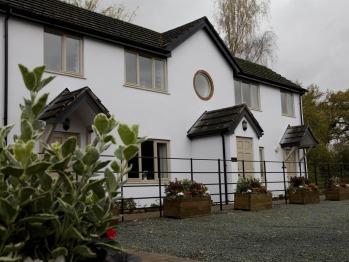 Burlton Inn -