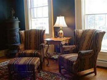 Quad room-Ensuite-Suite-Street View-Addison - Quad room-Ensuite-Suite-Street View-Addison
