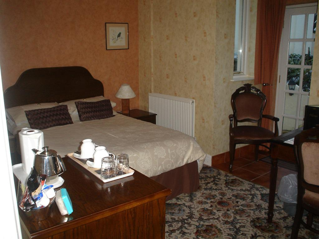 Double room-Ensuite-With Patio - Base Rate