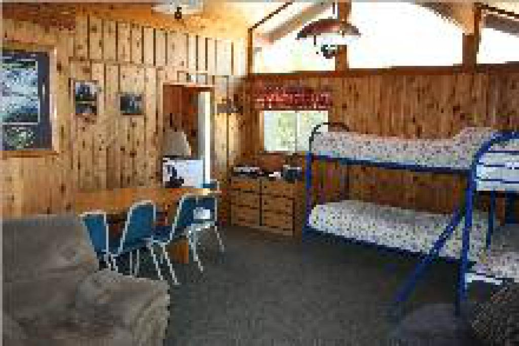 Cabin-Private Bathroom-Standard-Mountain View-Golden
