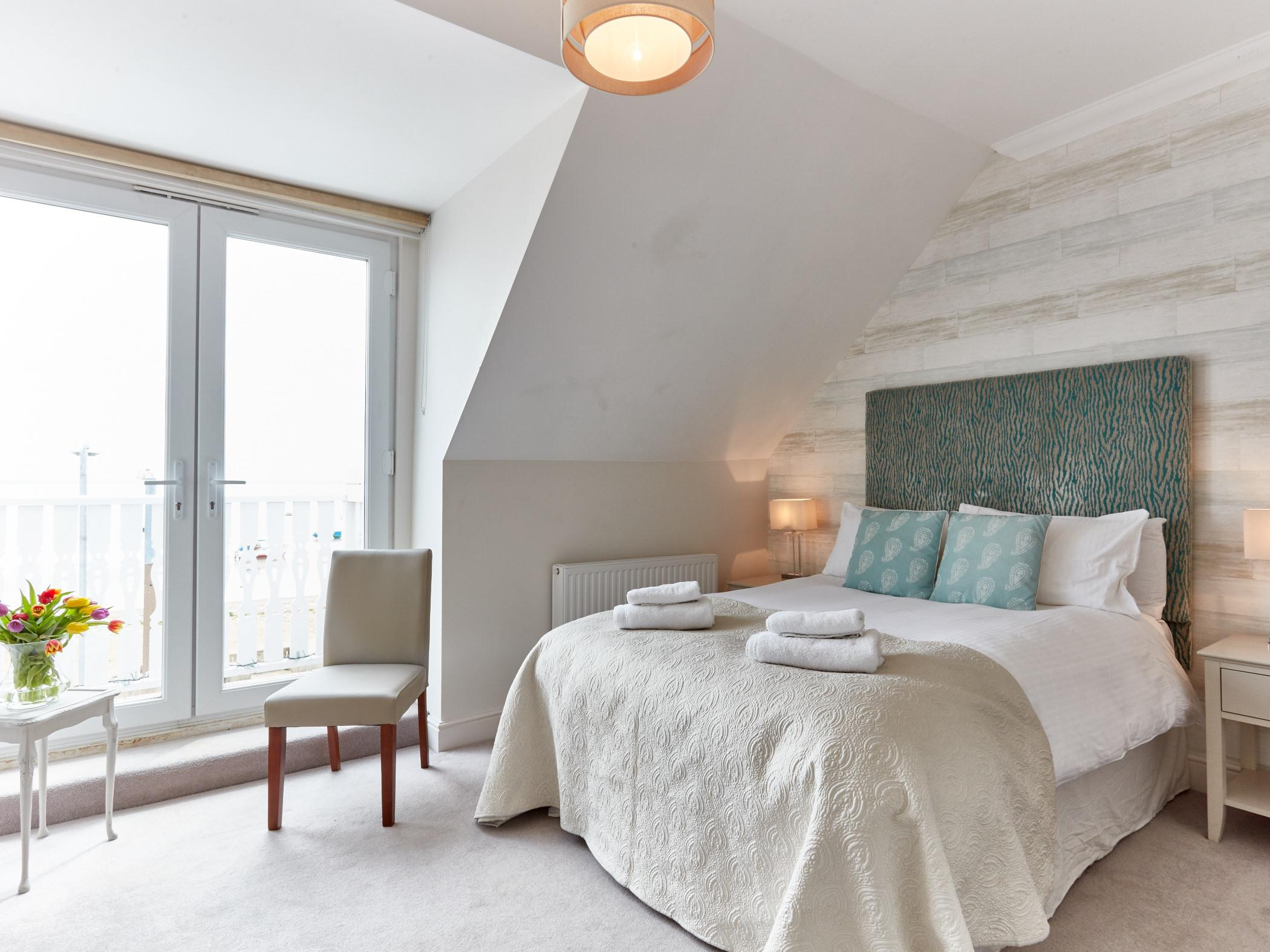 Double room-Deluxe-Ensuite-Balcony-Sea View - Base Rate