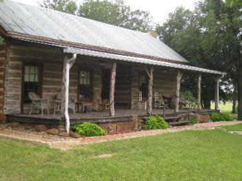 1867 Dog Trot Log Cabin. Two private cabins under one roof