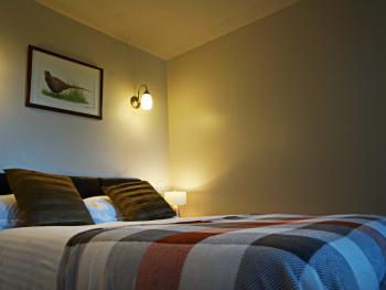 Small Double bed in double room with Ensuite