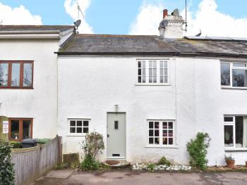 2 Bed-Cottage-Luxury-Private Bathroom-Garden View