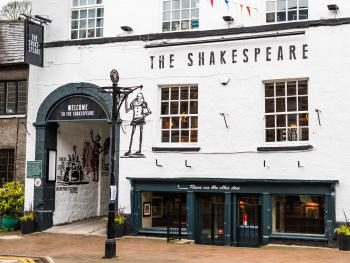 Shakespeare Inn - Hotel Front