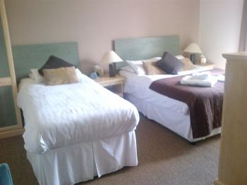 Double room-Superior-Ensuite-Lake View