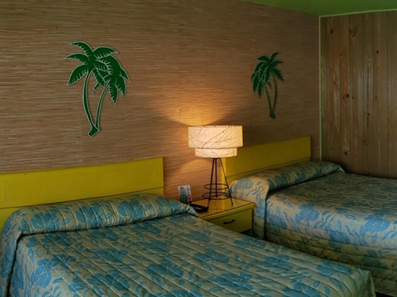 Double room-Private Bathroom-C-luxe, 2 Dbls, Ktcnette