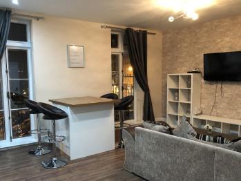 Apartment-Luxury-Private Bathroom-Sea View-Sleeps 6