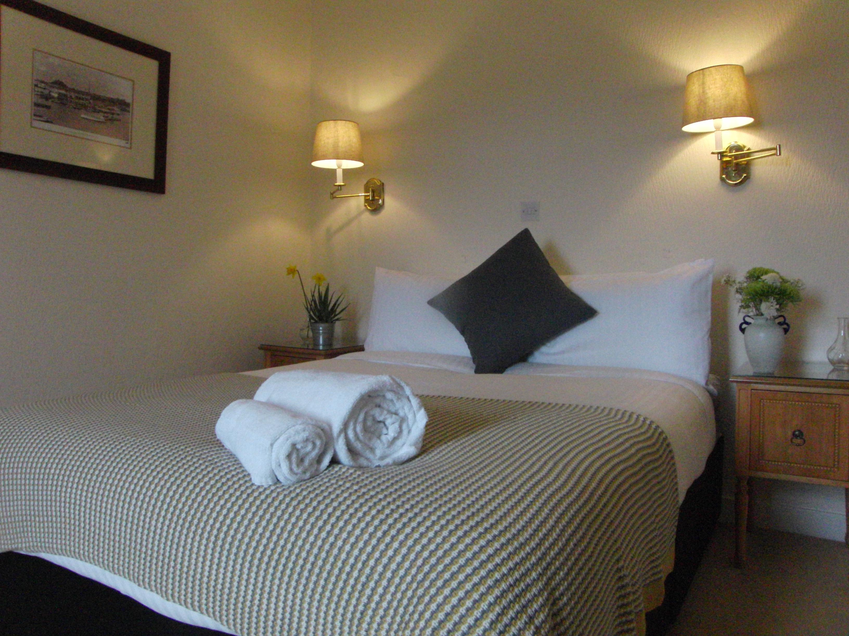 Double room-Comfort-Ensuite with Shower