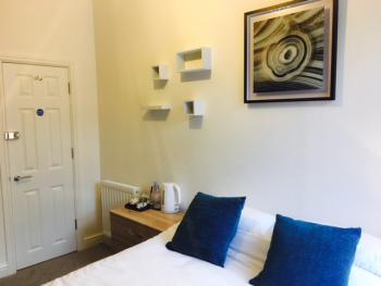 Town House @ Balliol St - Double Bedroom