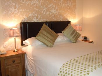 King Woodland Ensuite - B&B