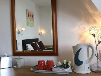 Room 9- Tea and Coffee with comfy desk for work or dressing