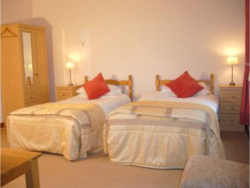 Twin room-Ensuite-Eldon