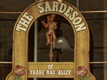 The Sardeson sign