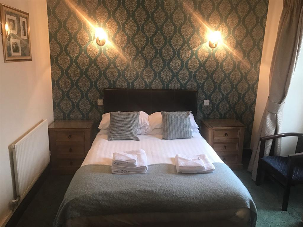 Double room-Ensuite with Shower