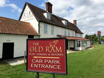 The Old Ram Coaching Inn - Hotel exterior
