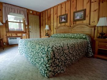 Deluxe Room 210(King)