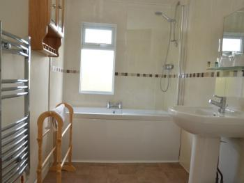 Suite-Family-Ensuite-Larger
