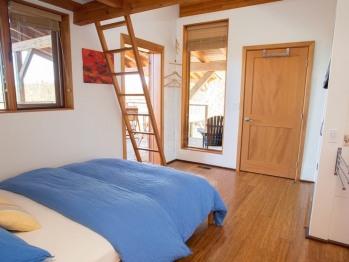 Bear Suite one of 2 queen bedrooms