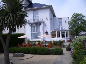 Seacroft Guest House - Seacroft Front Garden