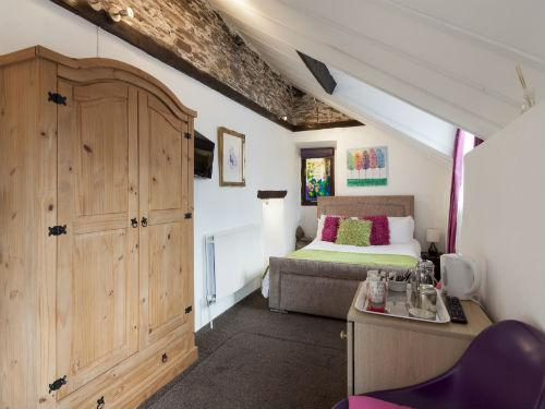 Double room-Deluxe-Ensuite-The Piggery -  Small