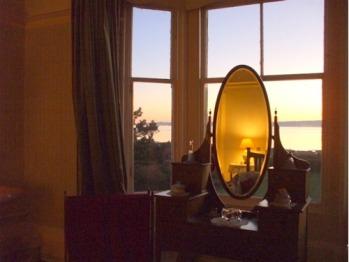Principal Bedroom at evening, Carlton Seamill