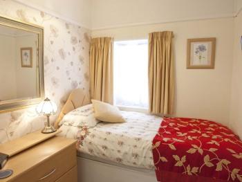 ROOM 2 SINGLE EN-SUIT (SMALL ROOM) FREE WI-FI