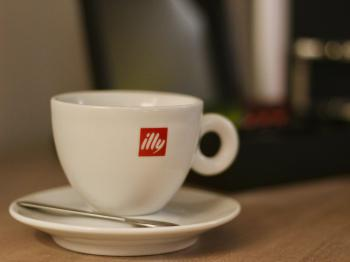 Serving Illy Coffee